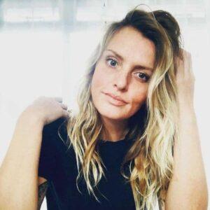 Caroline Bond